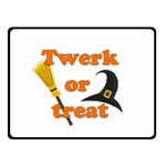 Twerk or treat - Funny Halloween design Fleece Blanket (Small)