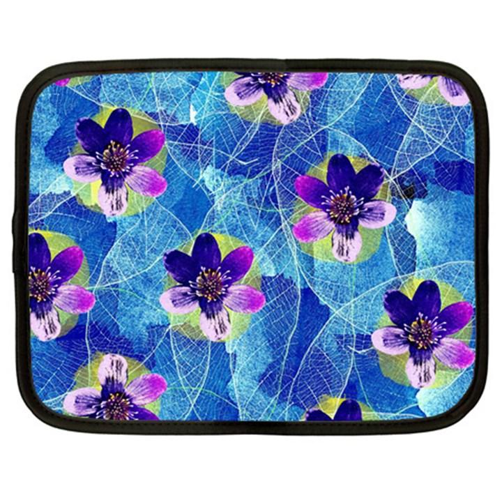 Purple Flowers Netbook Case (XXL)