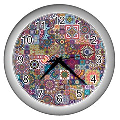 Ornamental Mosaic Background Wall Clocks (silver)
