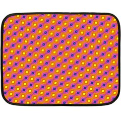 Vibrant Retro Diamond Pattern Fleece Blanket (Mini)