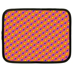 Vibrant Retro Diamond Pattern Netbook Case (XXL)