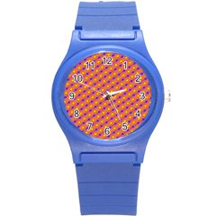Vibrant Retro Diamond Pattern Round Plastic Sport Watch (S)