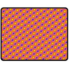 Vibrant Retro Diamond Pattern Double Sided Fleece Blanket (Medium)