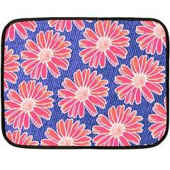 Pink Daisy Pattern Fleece Blanket (mini) by DanaeStudio