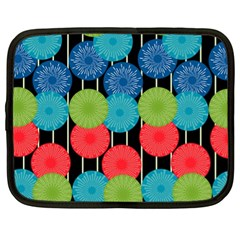 Vibrant Retro Pattern Netbook Case (xl)