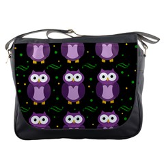 Halloween Purple Owls Pattern Messenger Bags