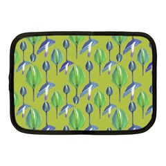 Tropical Floral Pattern Netbook Case (Medium)