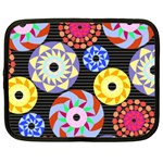 Colorful Retro Circular Pattern Netbook Case (XL)  Front