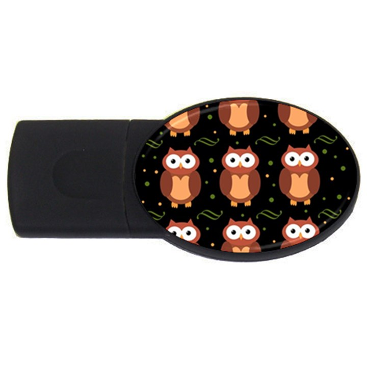 Halloween brown owls  USB Flash Drive Oval (4 GB)