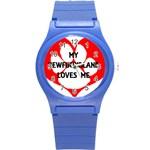 My Newfie Loves Me Round Plastic Sport Watch (S)