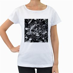 Black And White Passion Flower Passiflora  Women s Loose Fit T Shirt (white) by yoursparklingshop