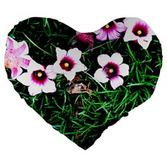 Pink Flowers Over A Green Grass Large 19  Premium Heart Shape Cushions