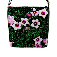 Pink Flowers Over A Green Grass Flap Messenger Bag (l)