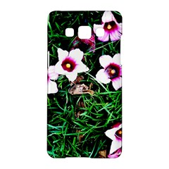 Pink Flowers Over A Green Grass Samsung Galaxy A5 Hardshell Case