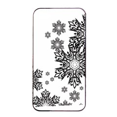 Beautiful Black And White Snowflakes  Apple Iphone 4/4s Seamless Case (black) by Brittlevirginclothing