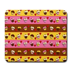 Cupcakes Pattern Large Mousepads by Valentinaart