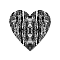 Black White Taditional Pattern  Heart Magnet