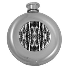 Black White Taditional Pattern  Round Hip Flask (5 Oz) by Costasonlineshop