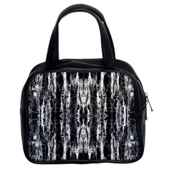 Black White Taditional Pattern  Classic Handbags (2 Sides)