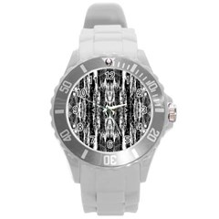 Black White Taditional Pattern  Round Plastic Sport Watch (l) by Costasonlineshop