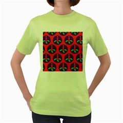 Christmas Candles Seamless Pattern Women s Green T Shirt