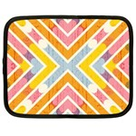 Line Pattern Cross Print Repeat Netbook Case (XL)