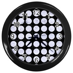 Circles1 Black Marble & White Marble Wall Clock (black)