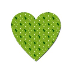 Green Christmas Tree Background Heart Magnet