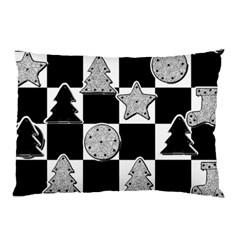 Xmas Checker Pillow Case by Nexatart