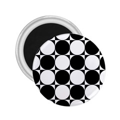 Circles Black White 2 25  Magnets by Jojostore