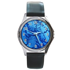 Background Tissu Fleur Bleu Round Metal Watch