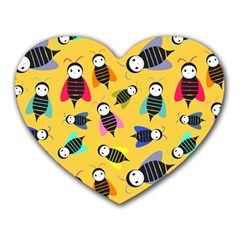 Bees Animal Pattern Heart Mousepads