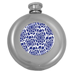 Blue And White Flower Background Round Hip Flask (5 Oz)