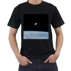 Amazing Stunning Astronaut Amazed Men s T Shirt (black) by Simbadda