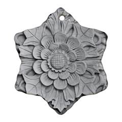 Pattern Motif Decor Ornament (snowflake) by Simbadda