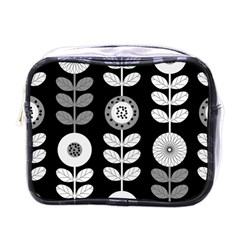 Floral Pattern Seamless Background Mini Toiletries Bags by Simbadda