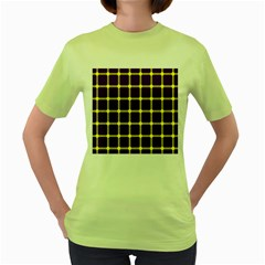 Optical Illusions Circle Line Yellow Blue Women s Green T Shirt by Alisyart