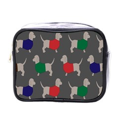 Cute Dachshund Dogs Wearing Jumpers Wallpaper Pattern Background Mini Toiletries Bags