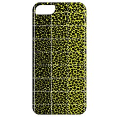 Pixel Gradient Pattern Apple Iphone 5 Classic Hardshell Case by Simbadda