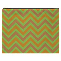Zig Zags Pattern Cosmetic Bag (xxxl)  by Valentinaart