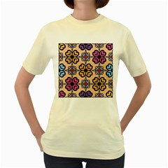 Abstract Seamless Background Pattern Women s Yellow T Shirt