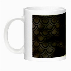 Sca2 Bk Mrbl Bk Wclr (r) Night Luminous Mugs by trendistuff