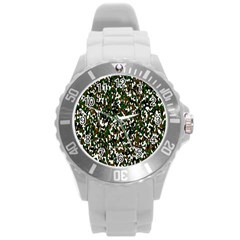 Camouflaged Seamless Pattern Abstract Round Plastic Sport Watch (l) by Nexatart
