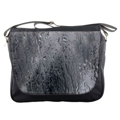 Water Drops Messenger Bags