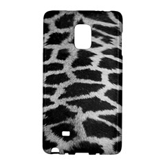 Black And White Giraffe Skin Pattern Galaxy Note Edge by Nexatart
