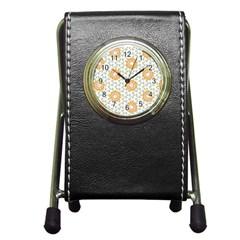 Stamping Pattern Fashion Background Pen Holder Desk Clocks