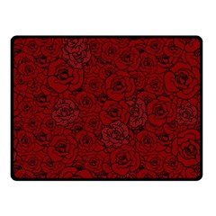 Red Roses Field Fleece Blanket (small)