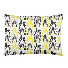 Tricolored Geometric Pattern Pillow Case by linceazul
