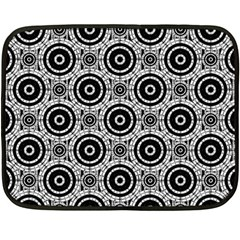 Geometric Black And White Fleece Blanket (mini) by linceazul