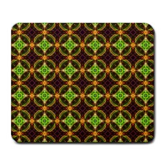 Kiwi Like Pattern Large Mousepads by linceazul
